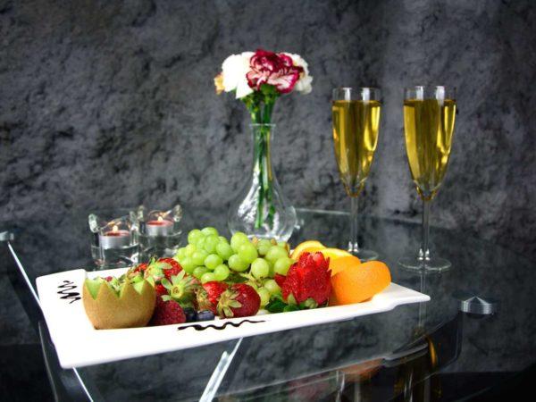 szampan owoce aparthotel kraków